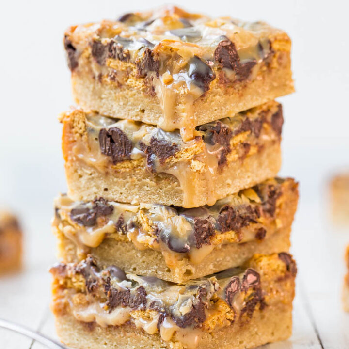 Caramel Peanut Butter Chocolate Chip Gooey Bars
