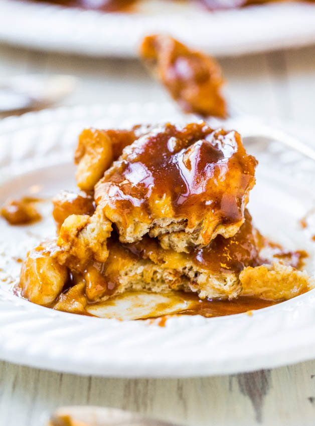 Salted Caramel Sticky Buns - The easiest stickiest buns ever & ready in 30 minutes! Drenched in salted caramel for maximum sticky-ness!