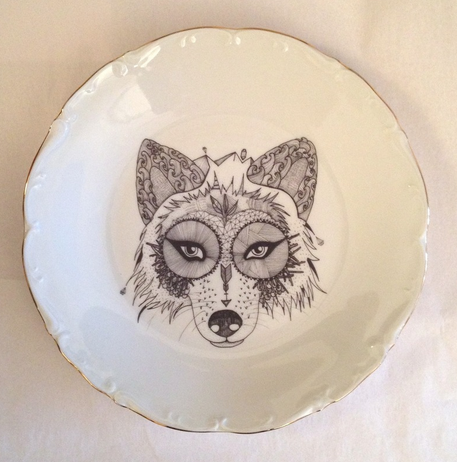 Wolf Plate