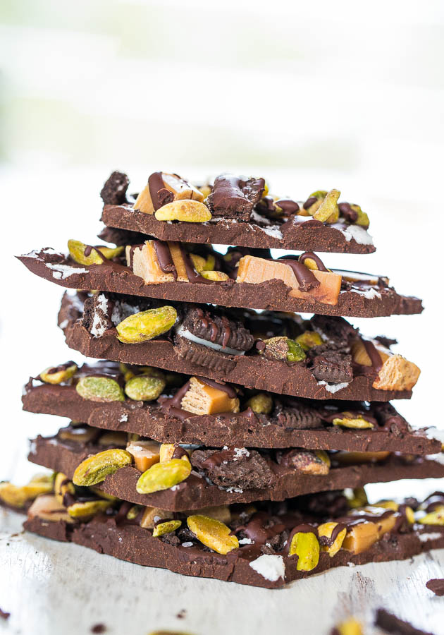 Pistachio, Salted Caramel & Oreo Dark Chocolate Bark - Salty-and-sweet & so good! Dangerously easy & make in 5 minutes!