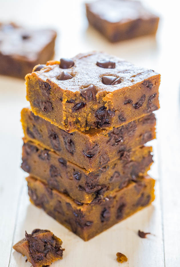 Soft Pumpkin Chocolate Chip Bars - Super soft and are like biting into ...