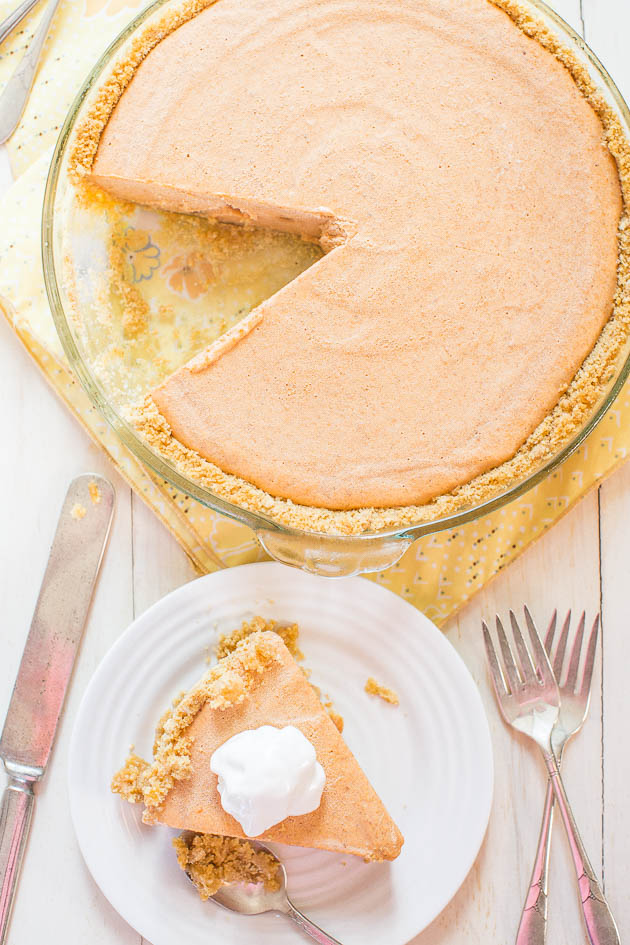Pumpkin Ice Cream Pie - The easiest pumpkin pie you'll ever make! Put ...