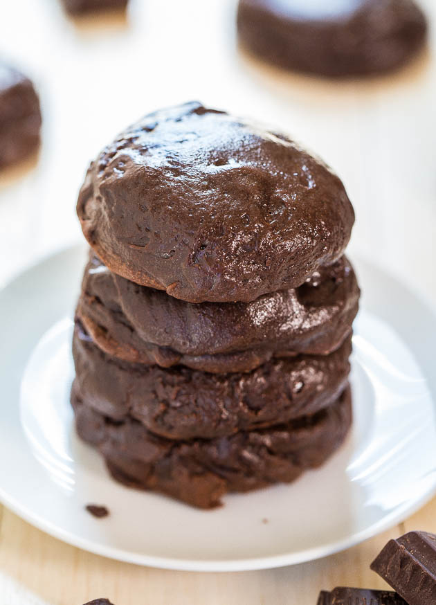 Triple Chocolate Brownie Batter Cookies - Fudgy, rich, ultra chocolaty and taste like brownie batter! Crazy good!! Must.Make.Now.