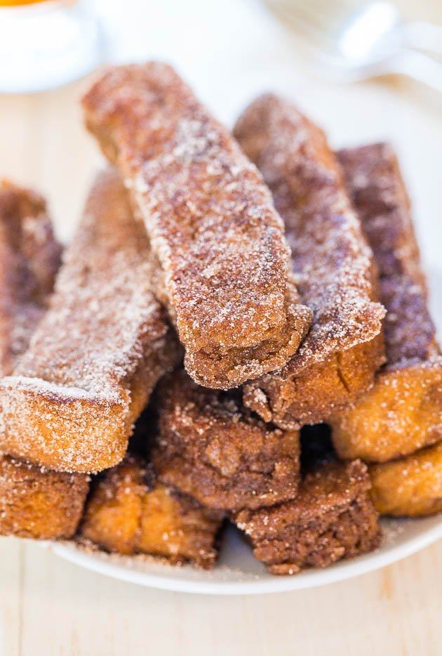 Cinnamon Sugar French Toast Sticks - Portable French toast that's just begging to be dunked!! Fast, easy, and double-dipping is totally ok!!