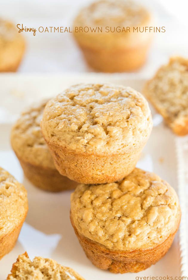 Healthy Oatmeal Muffins — These healthy oatmeal muffins won't jeopardize your New Year's resolutions and are skinny jeans-friendly. No oil, no dairy, and just 1/4 cup of brown sugar!