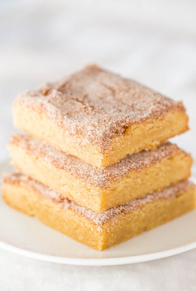 The Best Snickerdoodle Bars - They taste just like snickerdoodle cookies in fast and easy bar form! Soft, chewy, buttery...So irresistible!!
