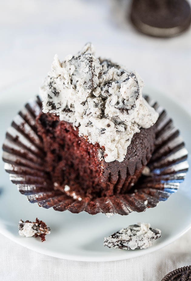 Chocolate Cupcakes with Cookies and Cream Frosting - Soft, fluffy cupcakes with frosting you'll want to eat by the spoonful! Amazingly there's no eggs or butter so you can have seconds!!