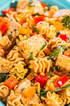Smoky Chicken, Peppers, and Spinach Pasta Salad