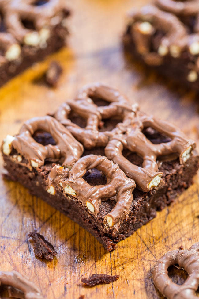 Chocolate-Covered Pretzel Brownies - Fudgy, not at all cakey, so easy, and topped with chocolate-covered pretzels!! Salty-and-sweet treats always hit the spot and these are just irresistible!!