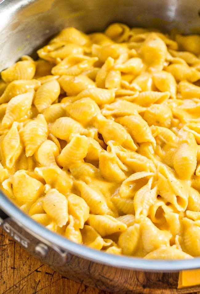 30-Minute Stovetop Pumpkin Macaroni and Cheese