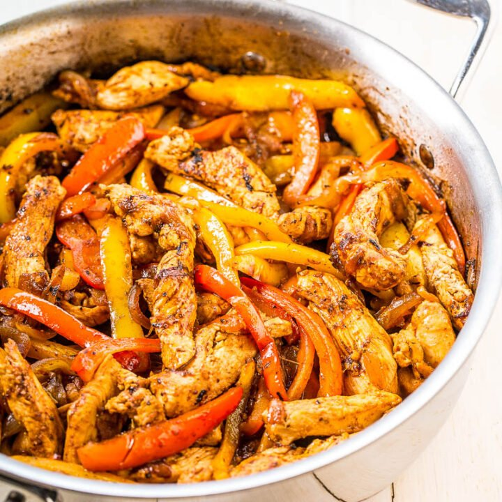 30-Minute Easy Chicken Fajitas