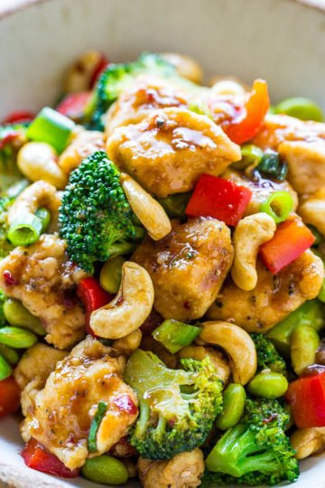 Chicken with Cashew Nuts in Cashew Chicken Sauce