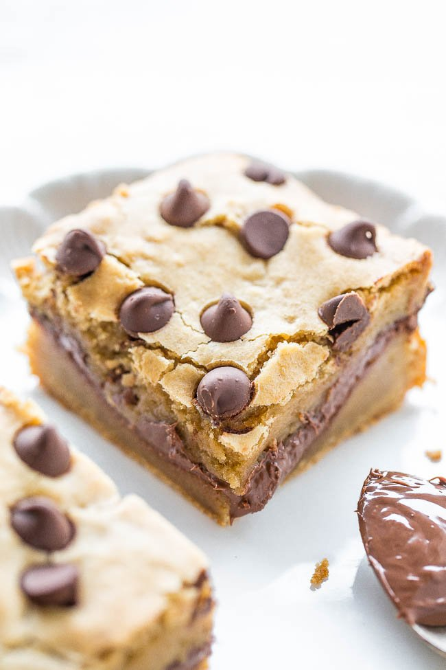 close up of a nutella chocolate chip blondie