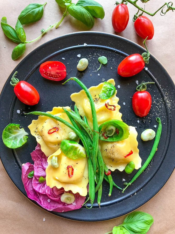 Cheese Ravioli, Cherry Tomatoes, Green Beans, and Basil
