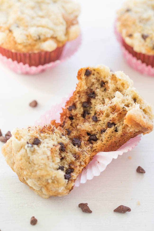 Banana Chocolate Chip Streusel Muffins
