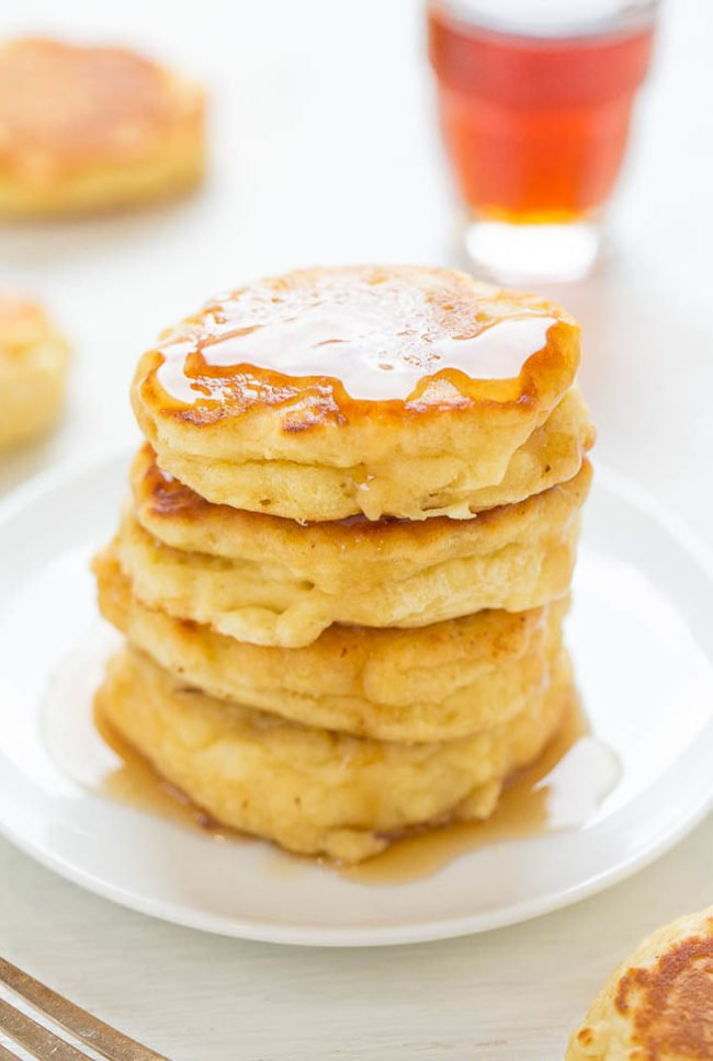 Thick and Fluffy Mini Buttermilk Pancakes