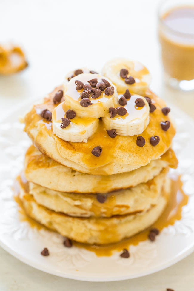 Peanut Butter Banana Protein Pancakes - Light, fluffy, EASY pancakes that pack 13+ grams of PROTEIN per serving!! The peanut butter-maple syrup is rich, decadent, and you'll never settle for plain maple syrup again!!