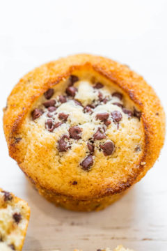 Skinny Vegan Chocolate Chip Muffins
