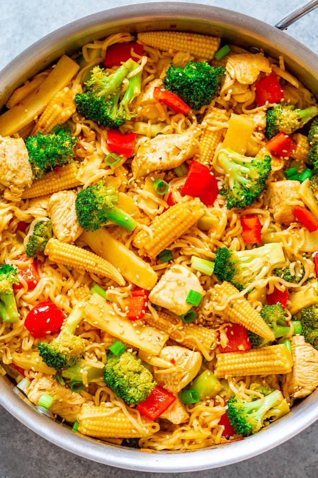 15-Minute Chicken and Vegetable Stir Fry with Ramen Noodles