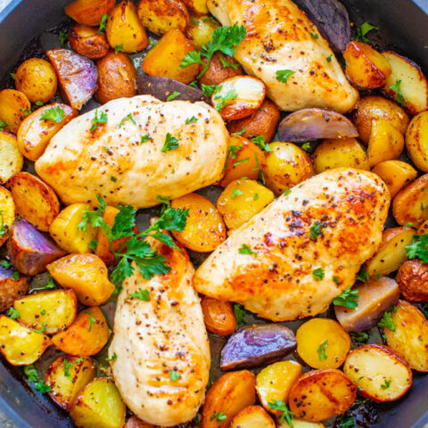 One Pan Lemon Butter Chicken and Potatoes - A DELICIOUS family dinner that's ready in 30 minutes and full of lemon buttery goodness!! ONE PAN keeps things EASY for you with less dishes!!