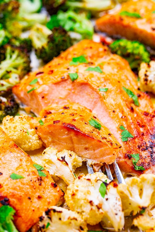 10-Minute Sheet Pan Dijon Lemon Salmon and Vegetables – Juicy salmon and crisp-tender vegetables coated with a buttery Dijon honey lemon sauce for an explosion of FLAVOR!! So EASY and ready so FAST!!
