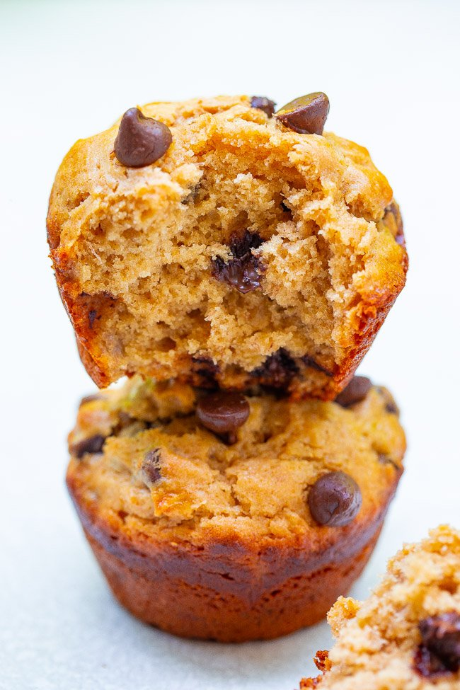 Peanut Butter Banana Chocolate Chip Muffins - Loaded with rich peanut butter and banana flavor and studded with chocolate in every bite!! This FAST and EASY muffin recipe is one bowl, no mixer, and perfect for those ripe bananas you have!!