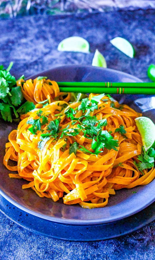 Instant Pot Thai Curry Noodles - Make these EASY Thai-inspired curry noodles in either your Instant Pot OR on the stovetop!! Either way these noodles are COMFORTING, flavorful, and ready in less than 10 MINUTES! Faster than calling for takeout!!