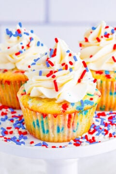 Red, White, and Blue Patriotic Cupcakes